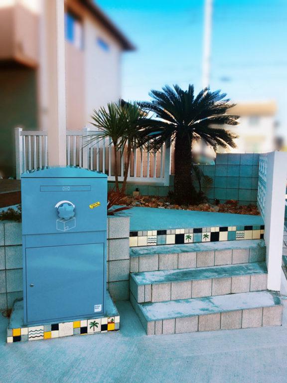 宅配ボックスBrizebox-ブライズボックス(Ex-Large ブルー)施工例