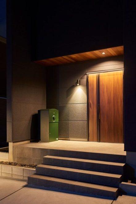 S様邸/宅配ボックス Brizebox Ex-Large ダークグリーン:据え置き施工