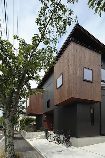 戸建住宅・桜並木の家